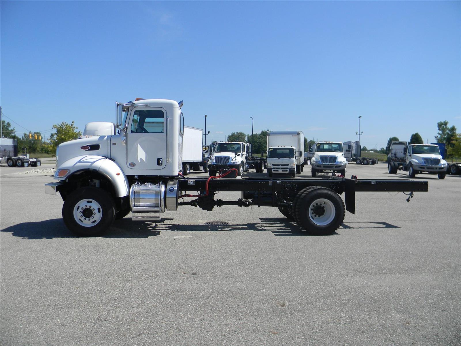 2020 Peterbilt Truck 4x4, Tractor #118847 - photo 1