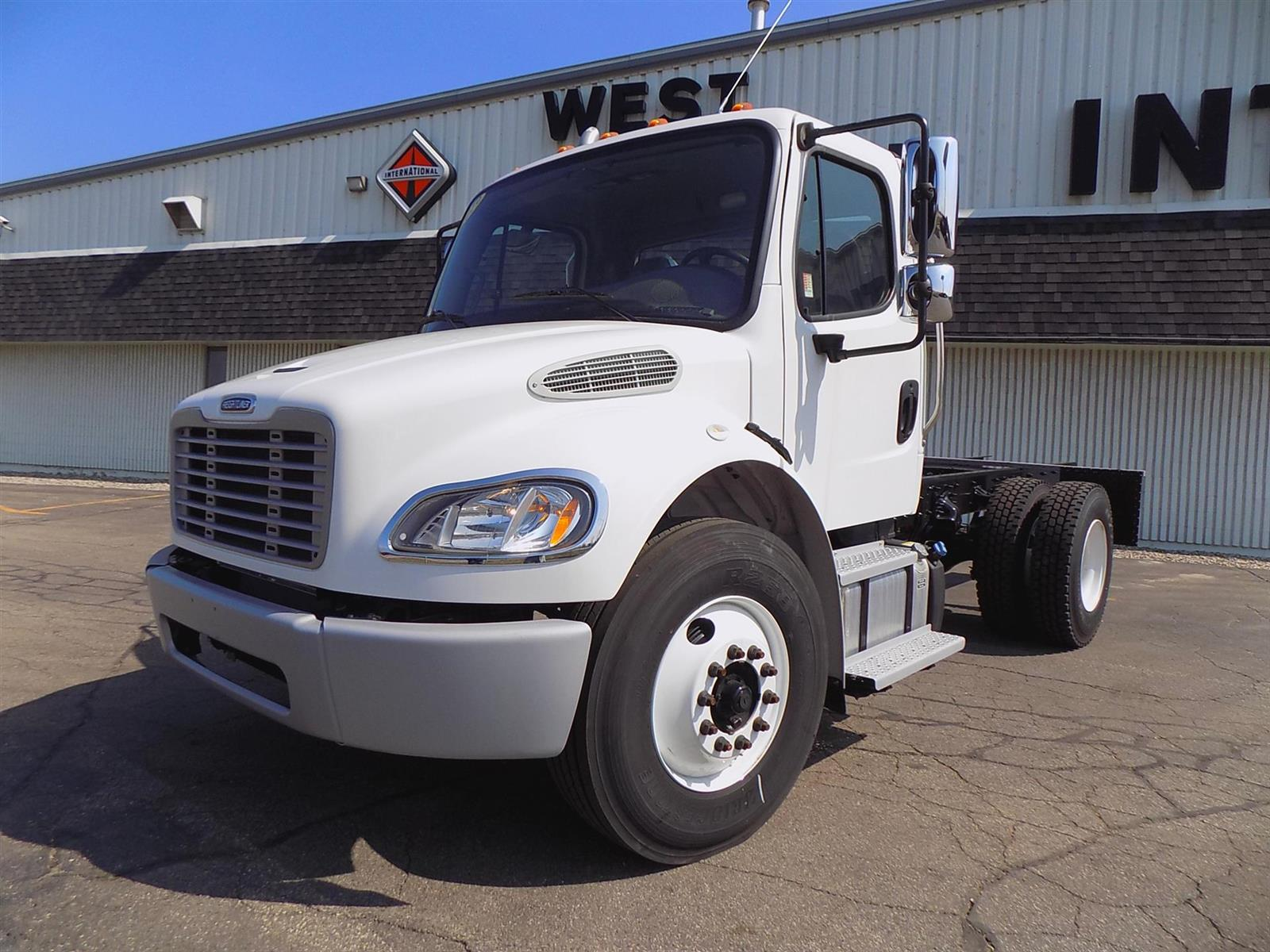 2019 Freightliner Truck 4x2, Cab Chassis #110944 - photo 1
