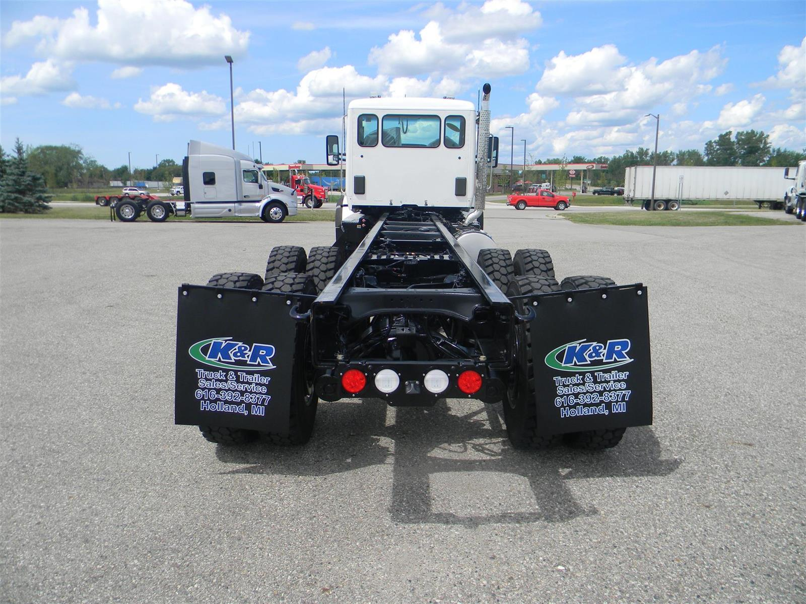 2020 Kenworth Truck 6x4, Cab Chassis #118418 - photo 1