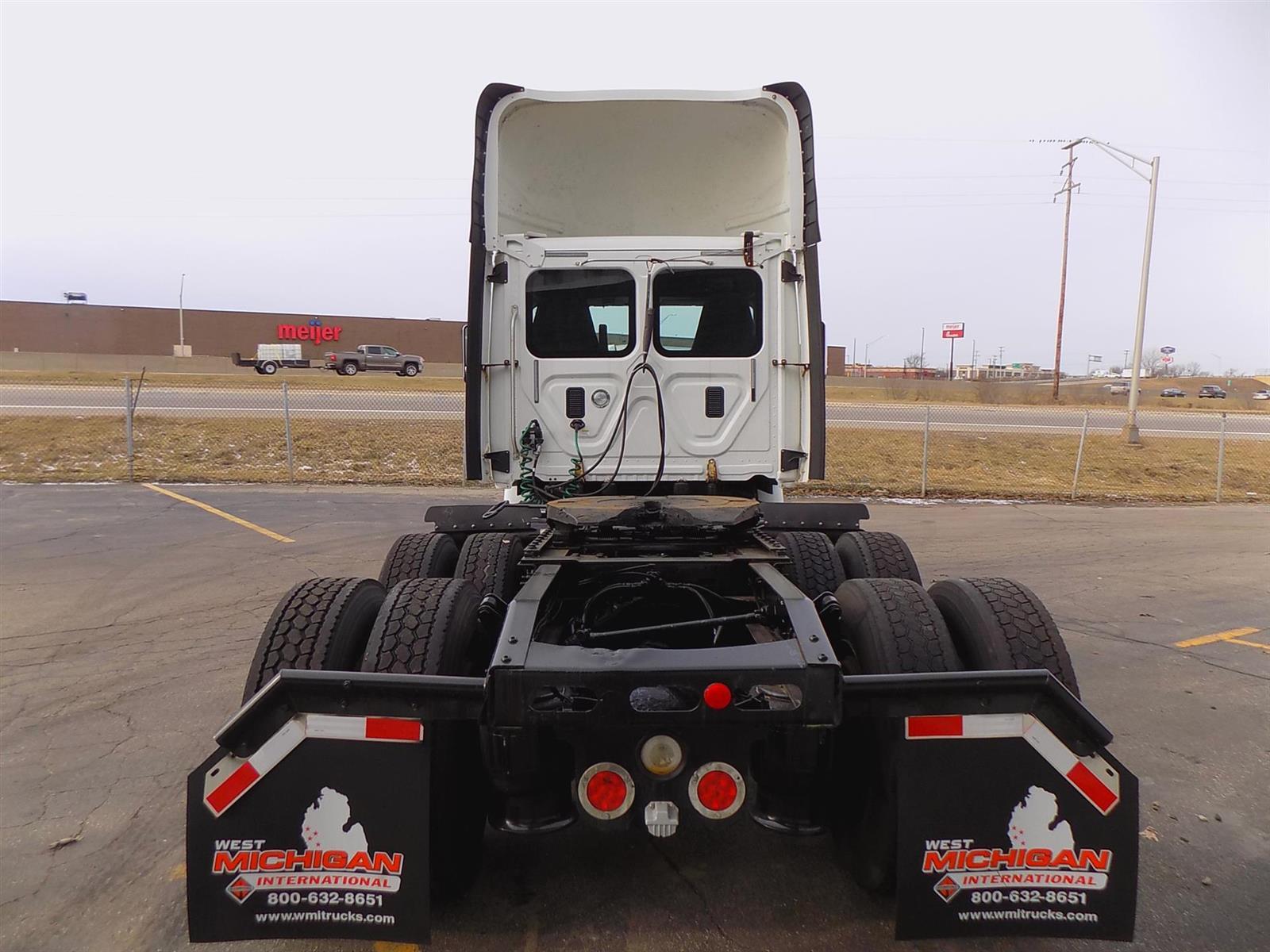 2014 Freightliner Truck 6x4, Tractor #ESFZ7979 - photo 1