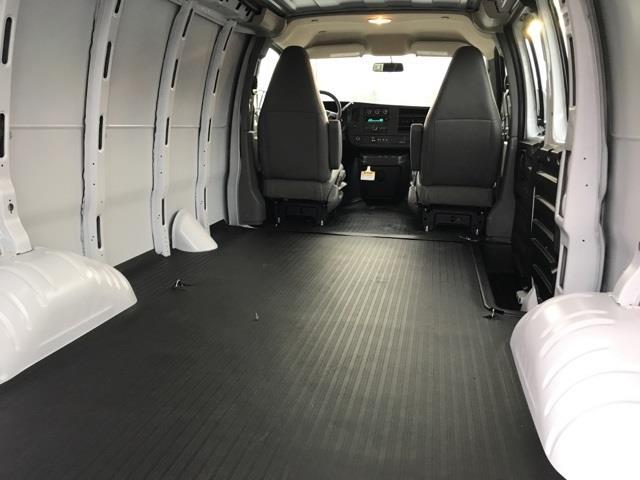 2021 Chevrolet Express 2500 4x2, Empty Cargo Van #31479 - photo 1