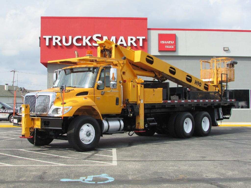 2006 International Truck 6x4, Platform Body #10015 - photo 1