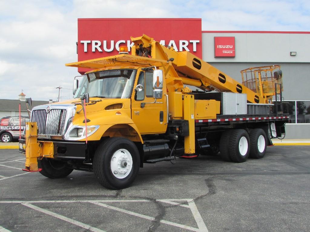 2006 International Truck 6x4, Platform Body #10016 - photo 1