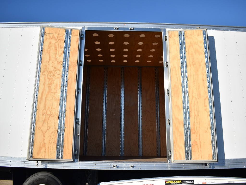 2018 Hino Truck Single Cab, Dry Freight #10358 - photo 1