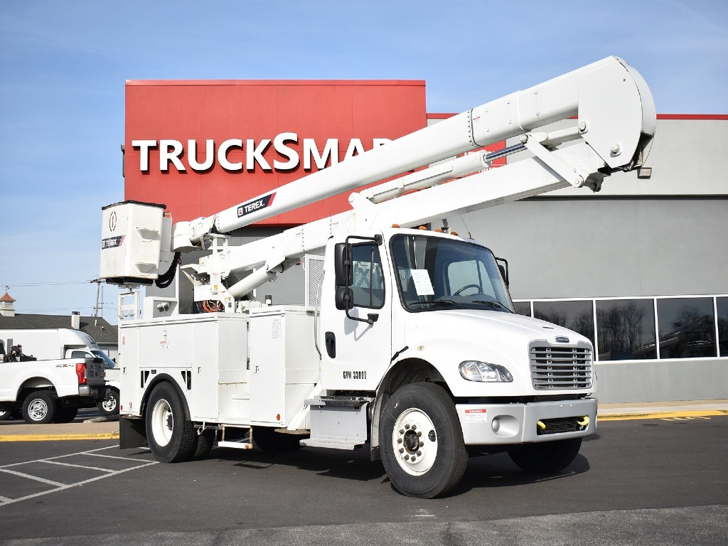 2016 Freightliner M2 106 4x2, Terex Corporation Service Body #10489 - photo 5