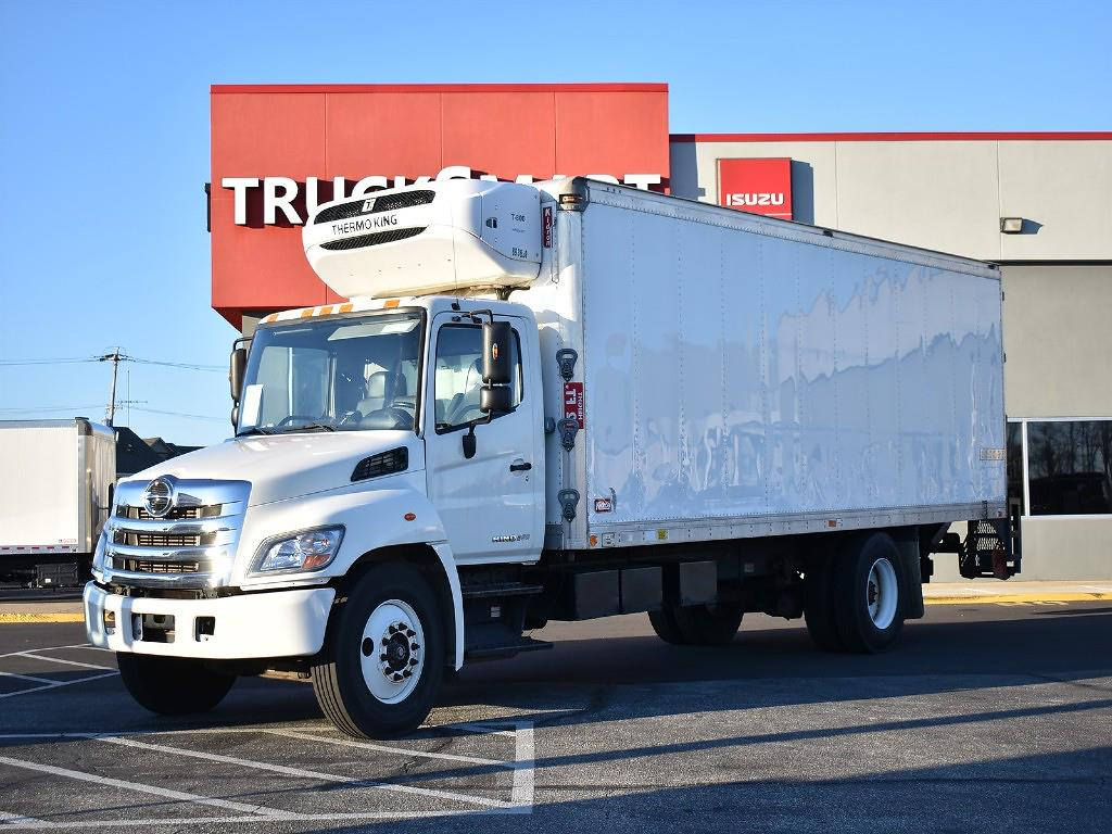 2013 Hino Truck, Refrigerated Body #10537 - photo 1