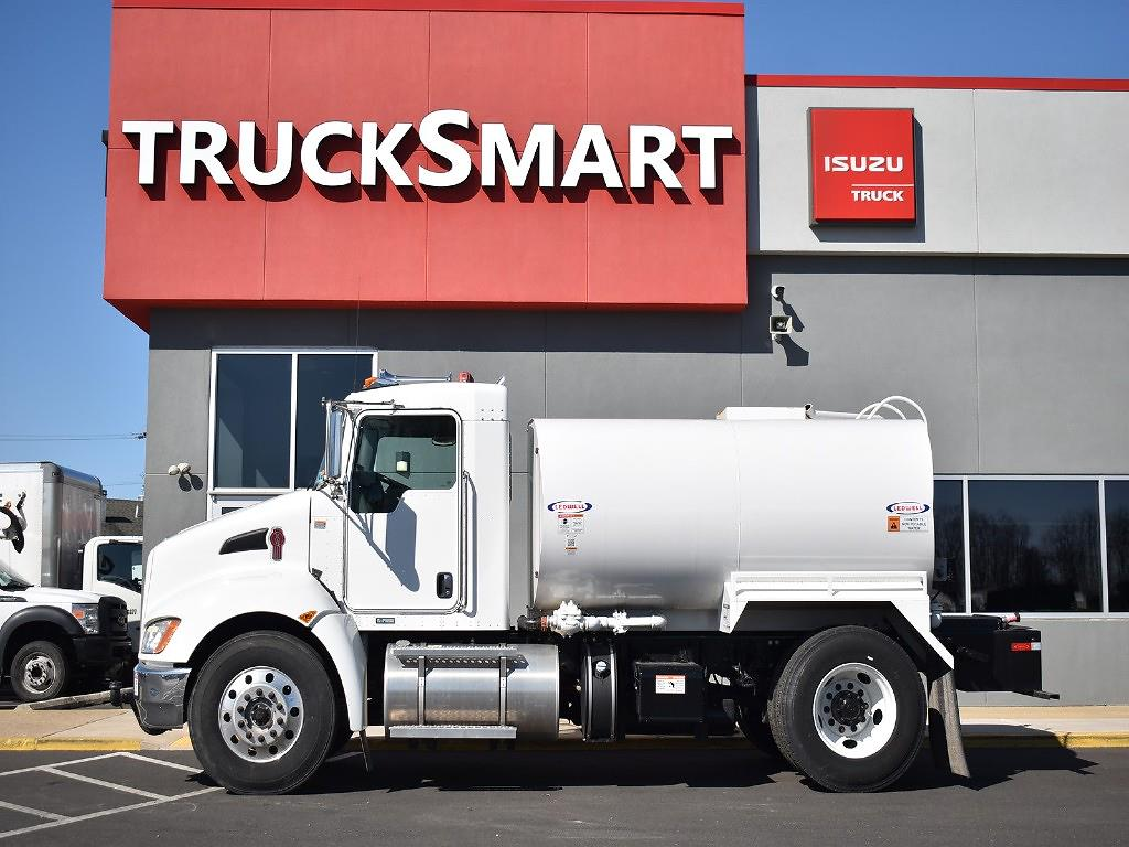 2018 Kenworth Truck 4x2, Water Truck #10551 - photo 1