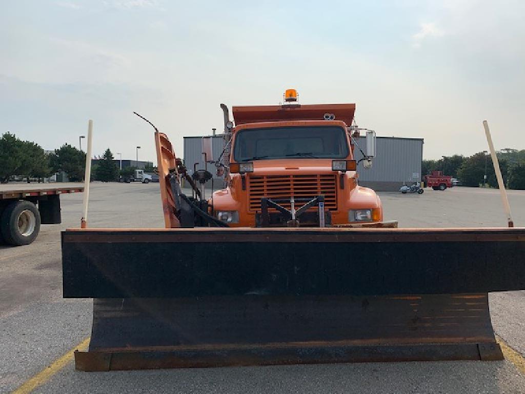 1999 International Truck 4x2, Dump Body #109637 - photo 1