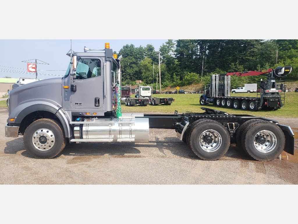 2021 International HX 6x4, Cab Chassis #112615 - photo 1