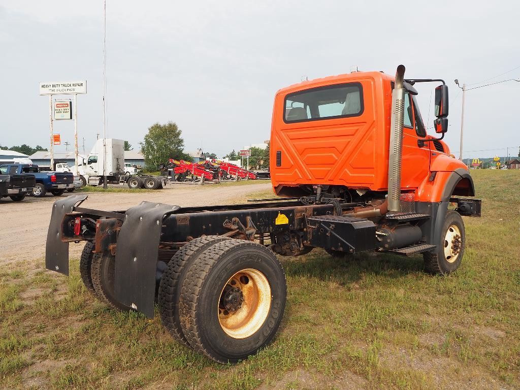 2011 International WorkStar 7400 4x4, Cab Chassis #130337 - photo 1