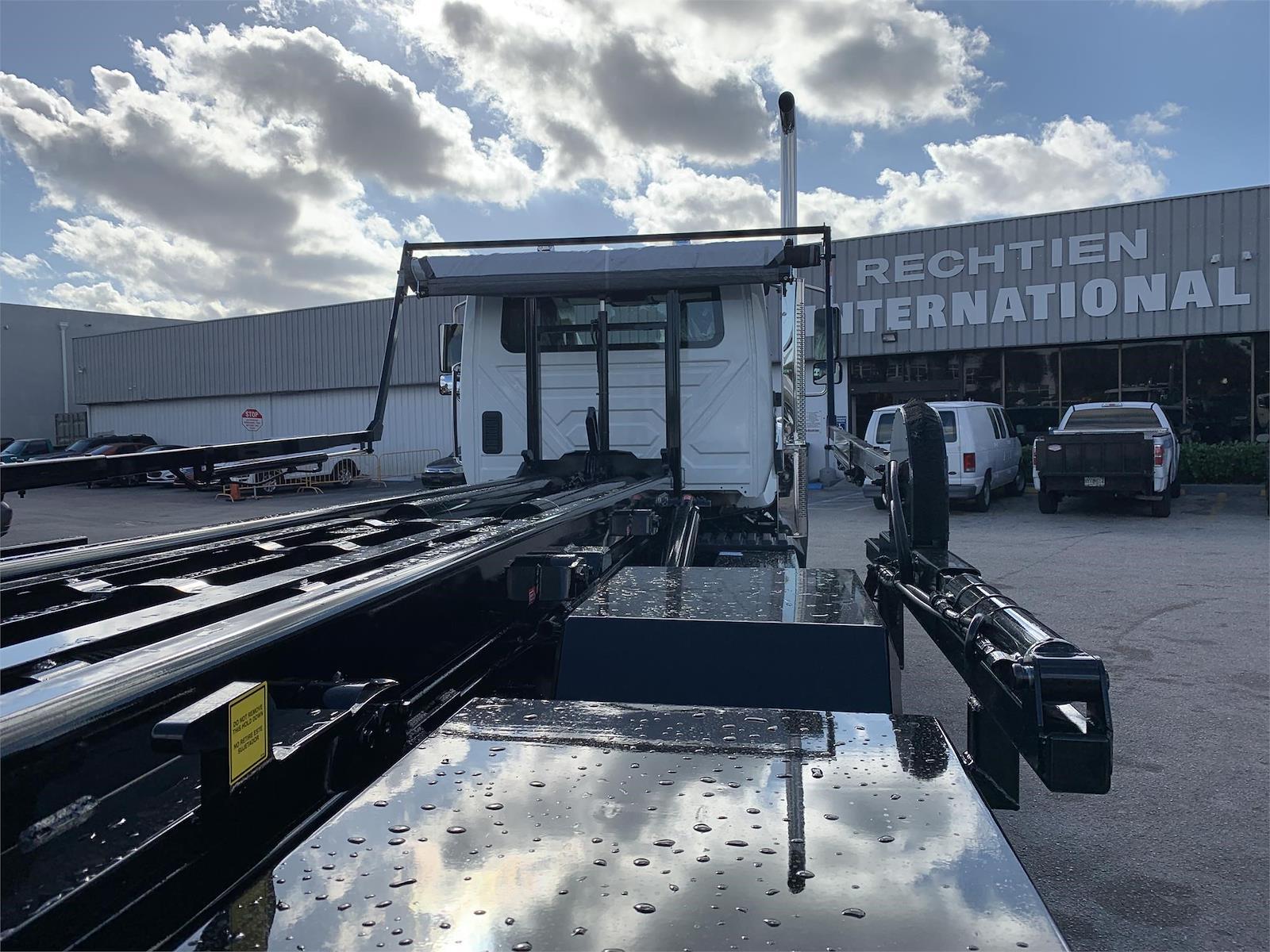 2022 International HV 6x4, Galfab Roll-Off Body #PR-320226 - photo 7