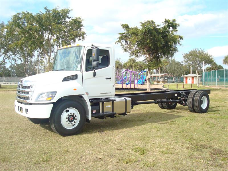 2019 Hino Truck Single Cab, Cab Chassis #K4S59340 - photo 1