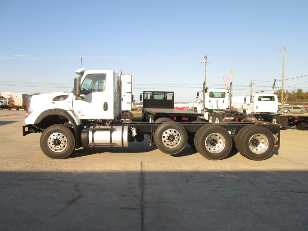 2019 International HV 6x4, Cab Chassis #169730 - photo 1