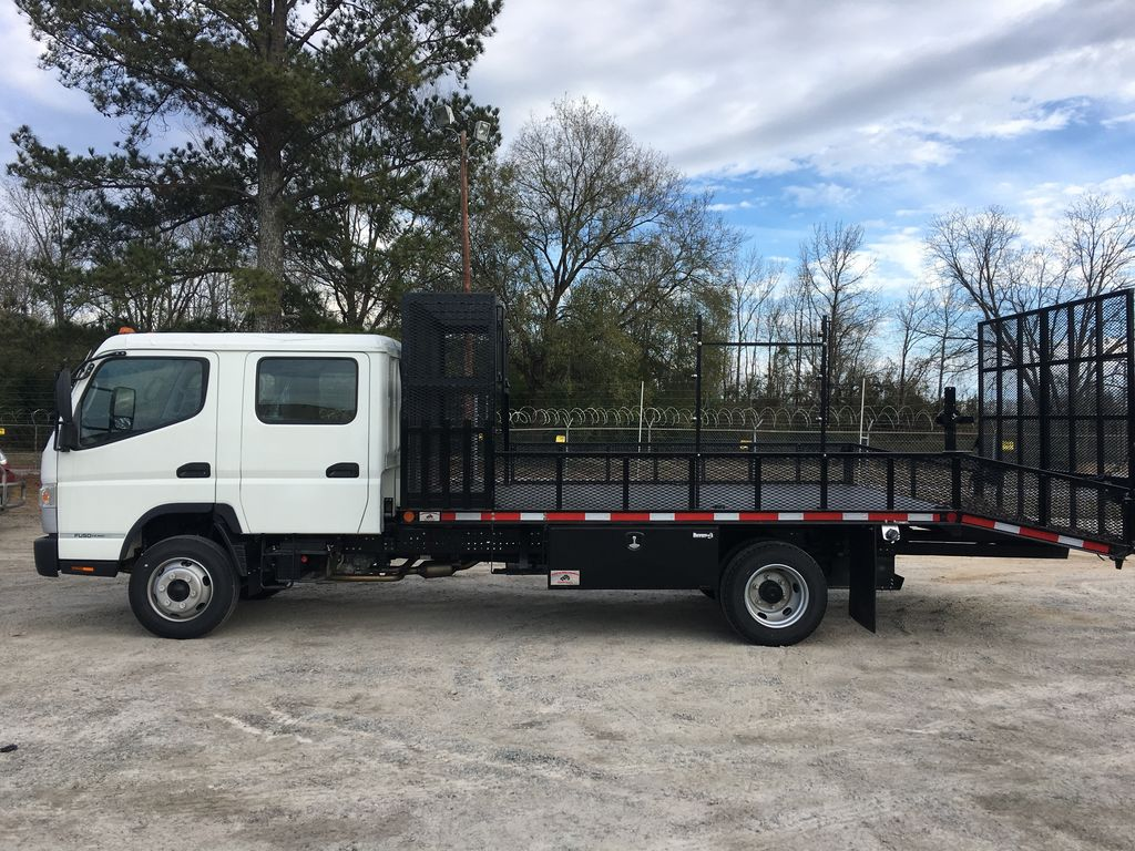 2020 Mitsubishi Fuso FE160, W & W Body Builders of Columbia Dovetail Landscape #179871 - photo 1