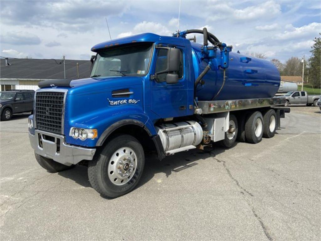 2004 Volvo VHD 6x4, Cab Chassis #2004D - photo 1
