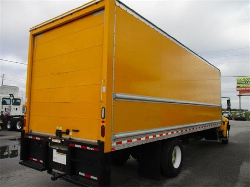 2017 International DuraStar 4300 4x2, Dry Freight #189281 - photo 1