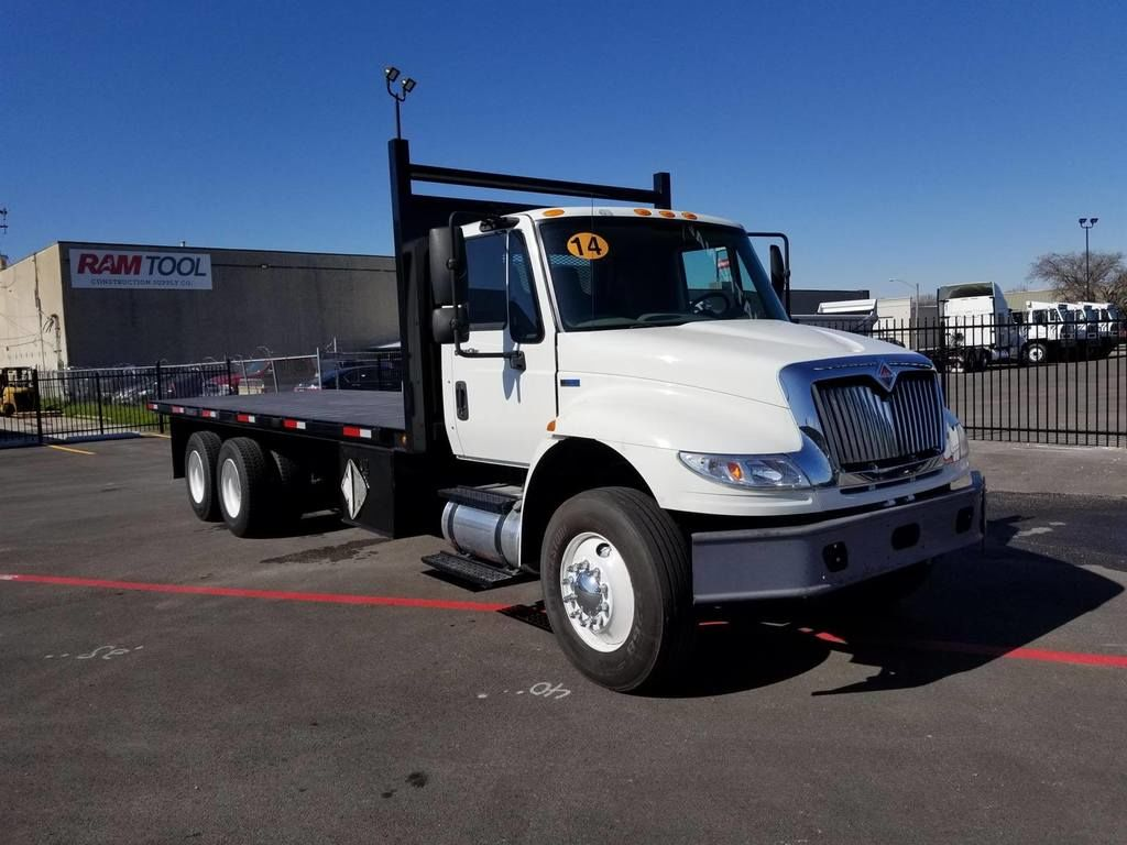 2014 International Truck 6x4, Platform Body #U7039 - photo 1