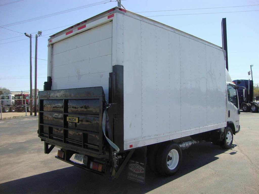 2009 Isuzu NPR 4x2, Dry Freight #U8190 - photo 1