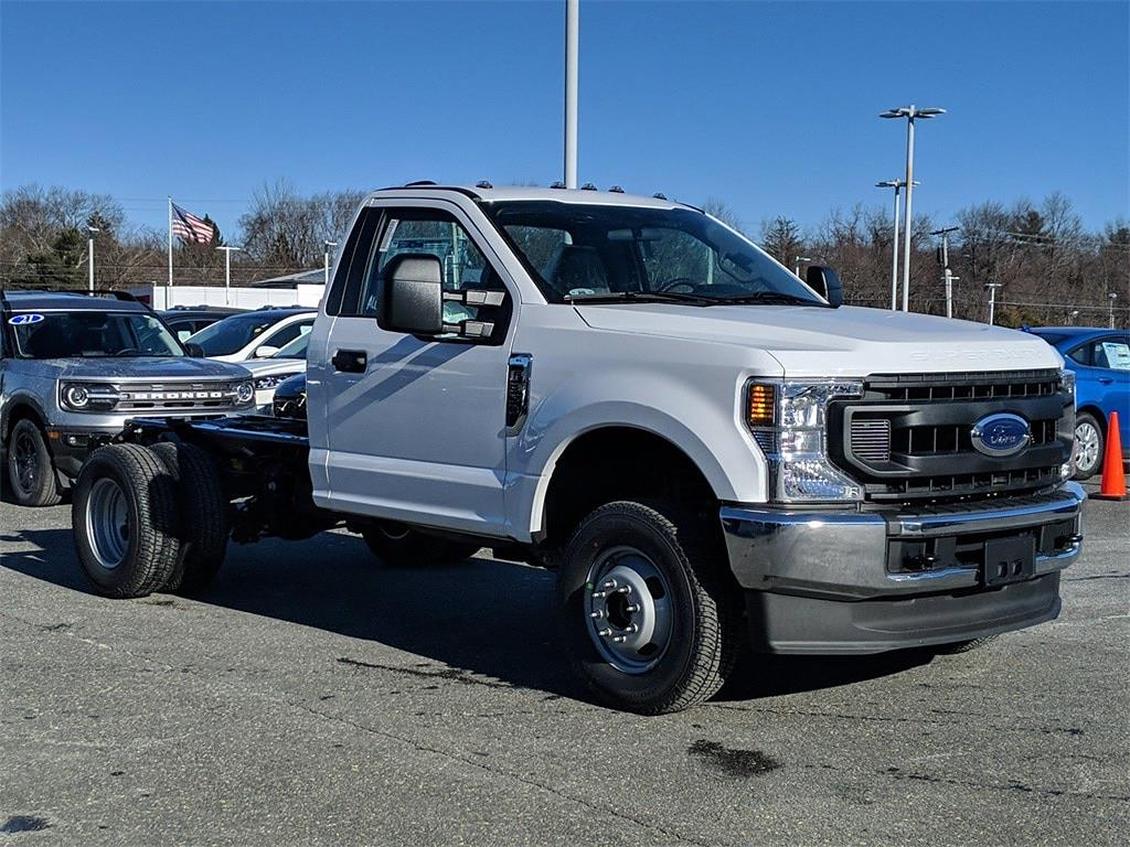 2021 Ford F-350 Regular Cab DRW 4x4, Cab Chassis #FM1178 - photo 1