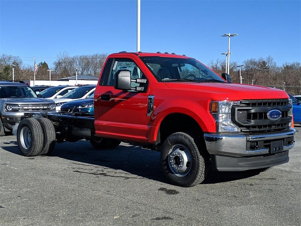 2021 Ford F-350 Regular Cab DRW 4x4, Cab Chassis #FM1193 - photo 1