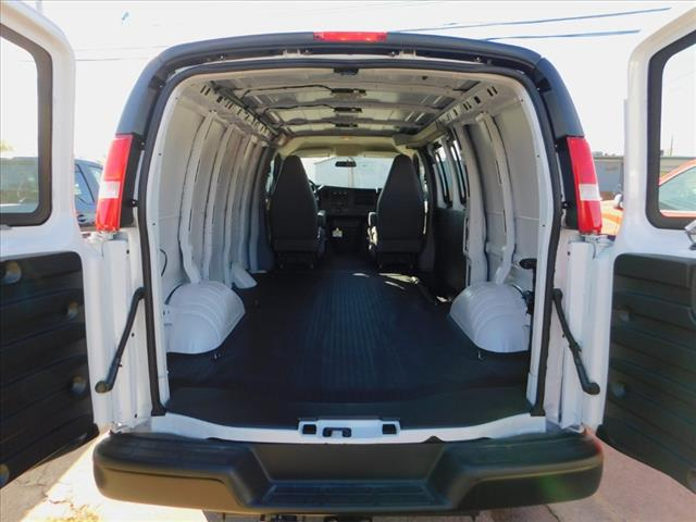 2020 Chevrolet Express 3500 4x2, Empty Cargo Van #06413 - photo 1