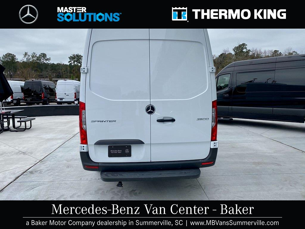 2020 Mercedes-Benz Sprinter 2500 4x2, Thermo King Direct-Drive Refrigerated Body #MV0027 - photo 14