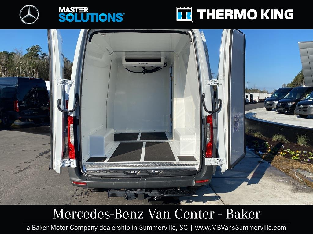 2020 Mercedes-Benz Sprinter 2500 4x2, Thermo King Refrigerated Body #MV0043 - photo 1