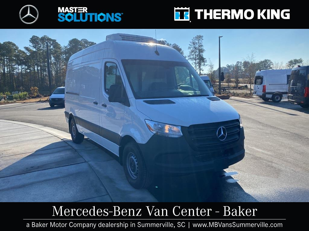 2020 Mercedes-Benz Sprinter 2500 4x2, Thermo King Direct-Drive Refrigerated Body #MV0043 - photo 4