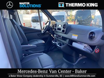 2020 Mercedes-Benz Sprinter 2500 4x2, Thermo King Direct-Drive Refrigerated Body #MV0043 - photo 19