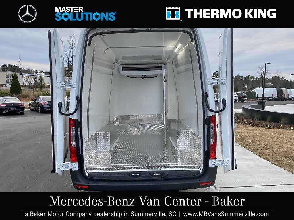 2020 Mercedes-Benz Sprinter 2500 4x2, Thermo King Refrigerated Body #MV0057 - photo 1