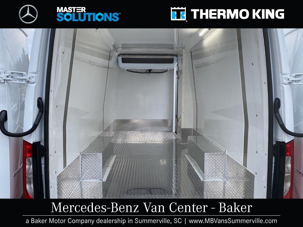 2020 Mercedes-Benz Sprinter 2500 4x2, Thermo King Refrigerated Body #MV0064 - photo 4