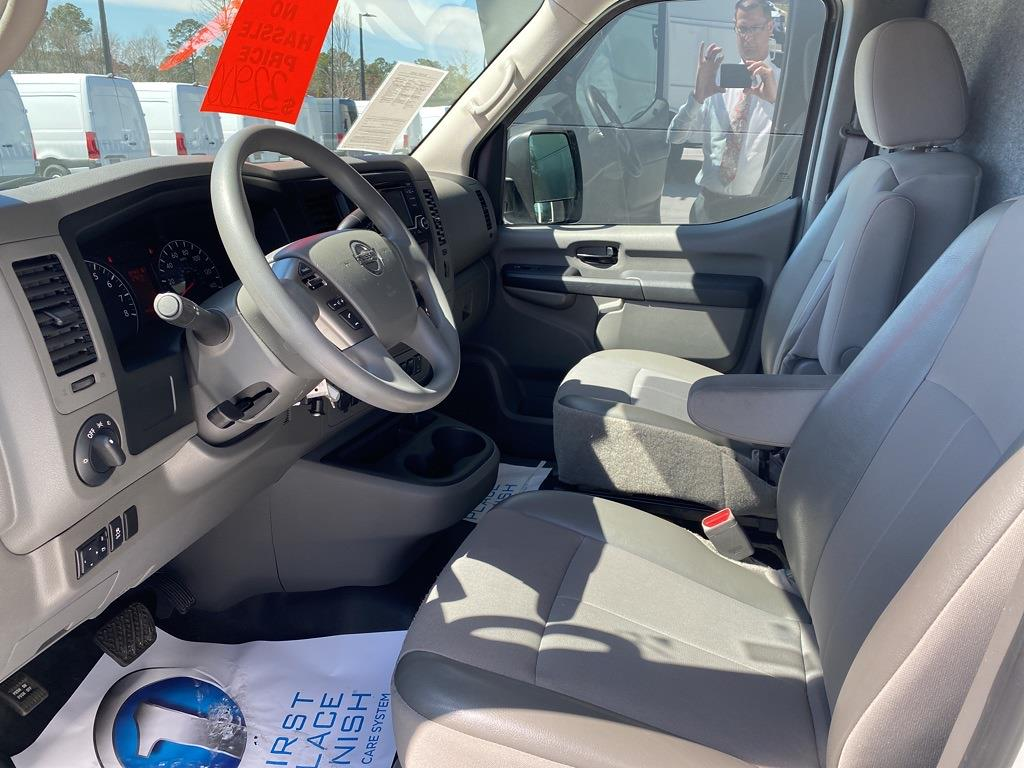 2018 Nissan NV2500 High Roof 4x2, Refrigerated Body #MV0064A - photo 9
