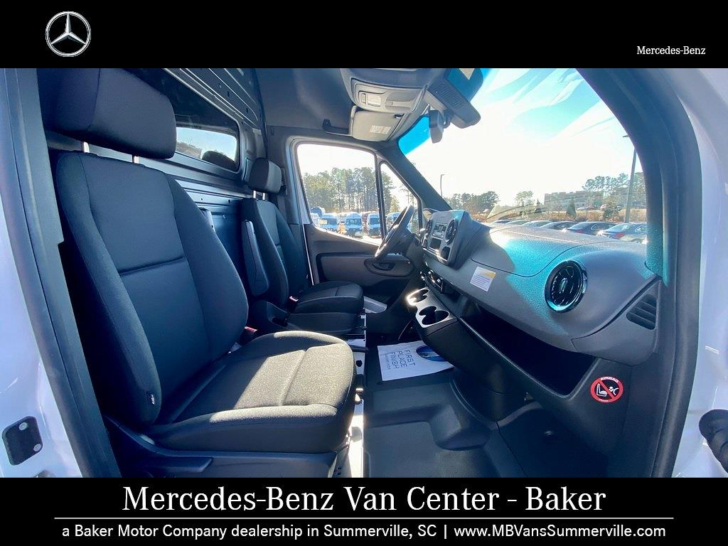 2020 Mercedes-Benz Sprinter 2500 Standard Roof 4x2, Empty Cargo Van #MV0075 - photo 4
