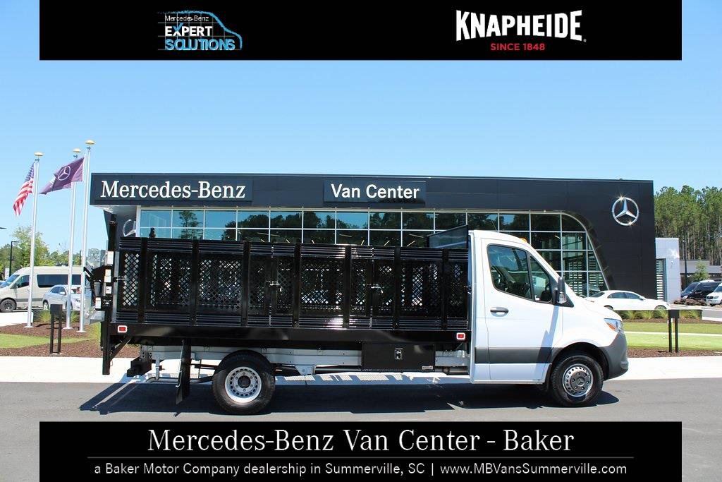 2020 Mercedes-Benz Sprinter 4500 DRW 4x2, Knapheide Value-Master X Stake Bed #MV0124 - photo 4