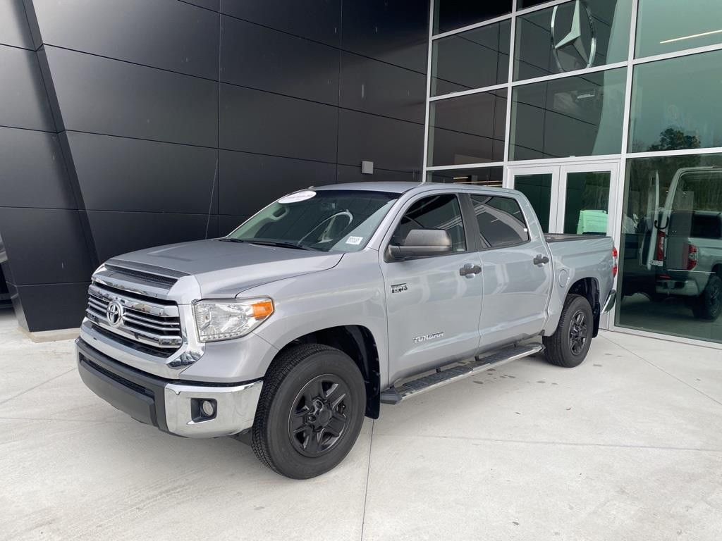 2017 Toyota Tundra Crew Cab 4x2, Pickup #SP0115 - photo 4