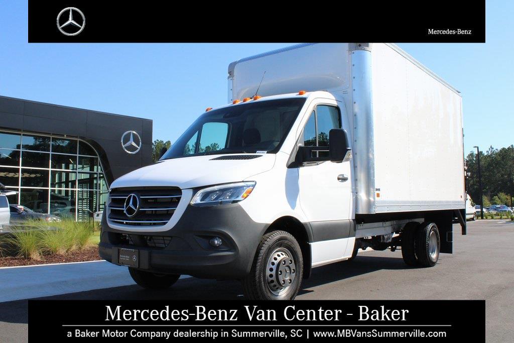 2019 Mercedes-Benz Sprinter 3500 4x2, Cutaway Van #SP0159 - photo 17