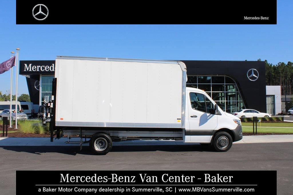 2019 Mercedes-Benz Sprinter 3500 4x2, Cutaway Van #SP0159 - photo 4