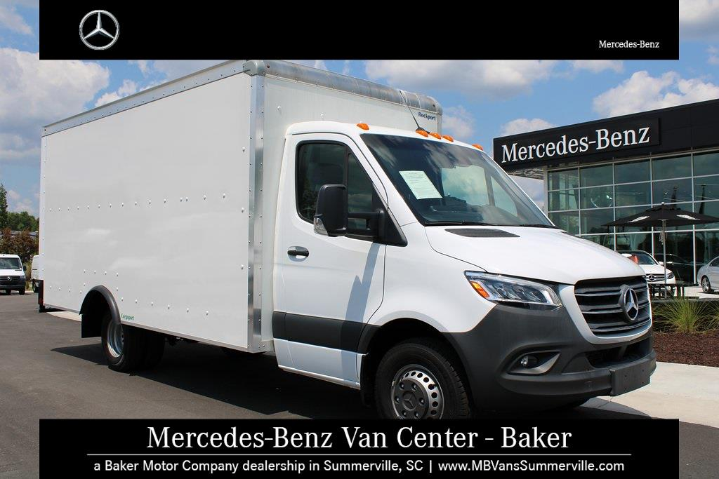 2019 Mercedes-Benz Sprinter 4500 4x2, Cutaway Van #SP0215 - photo 1