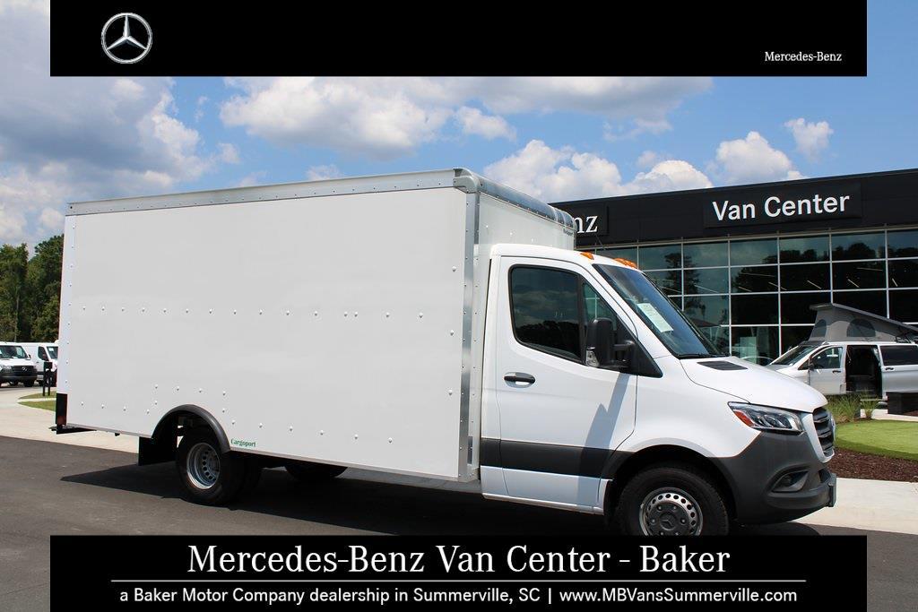 2019 Mercedes-Benz Sprinter 4500 4x2, Cutaway Van #SP0215 - photo 3