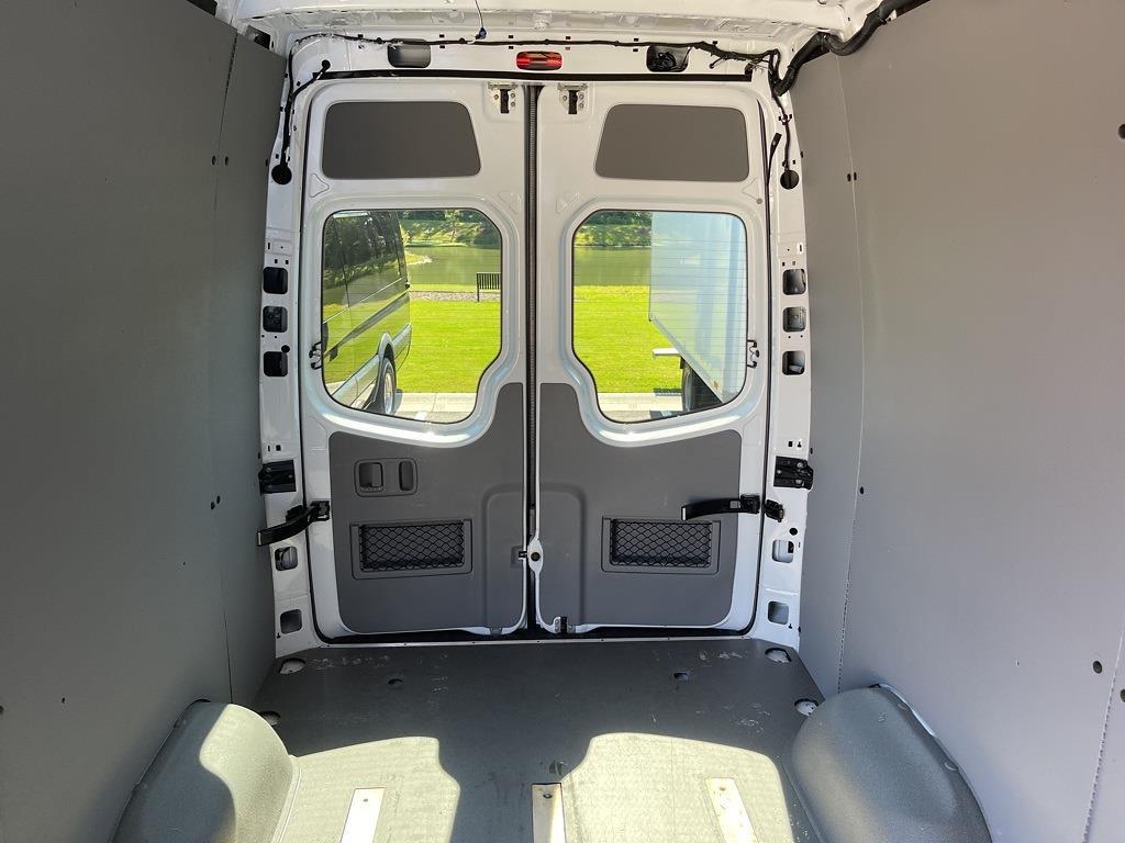 2016 Sprinter 2500 4x2,  Empty Cargo Van #SP0258 - photo 17