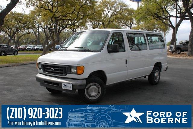 2003 Ford E-350 4x2, Passenger Wagon #210242B - photo 1
