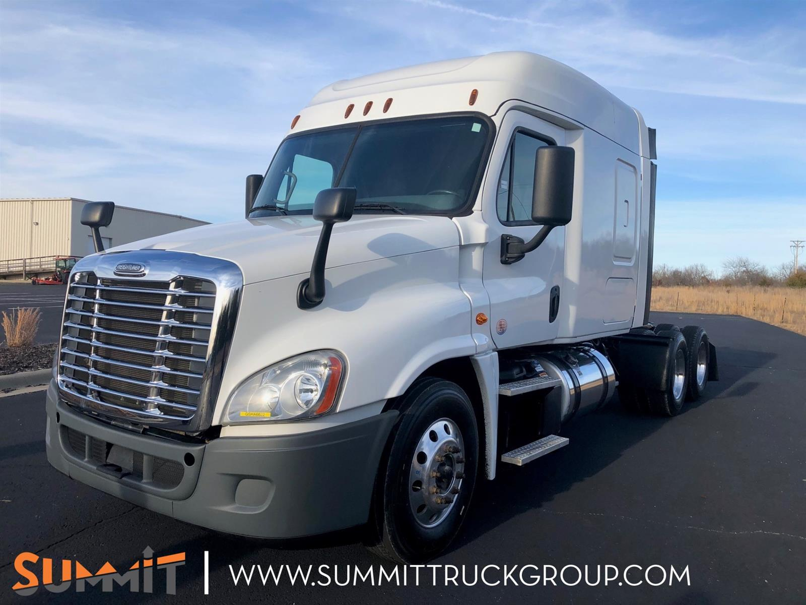 2016 Freightliner Truck Sleeper Cab 6x4, Tractor #500P202080 - photo 1