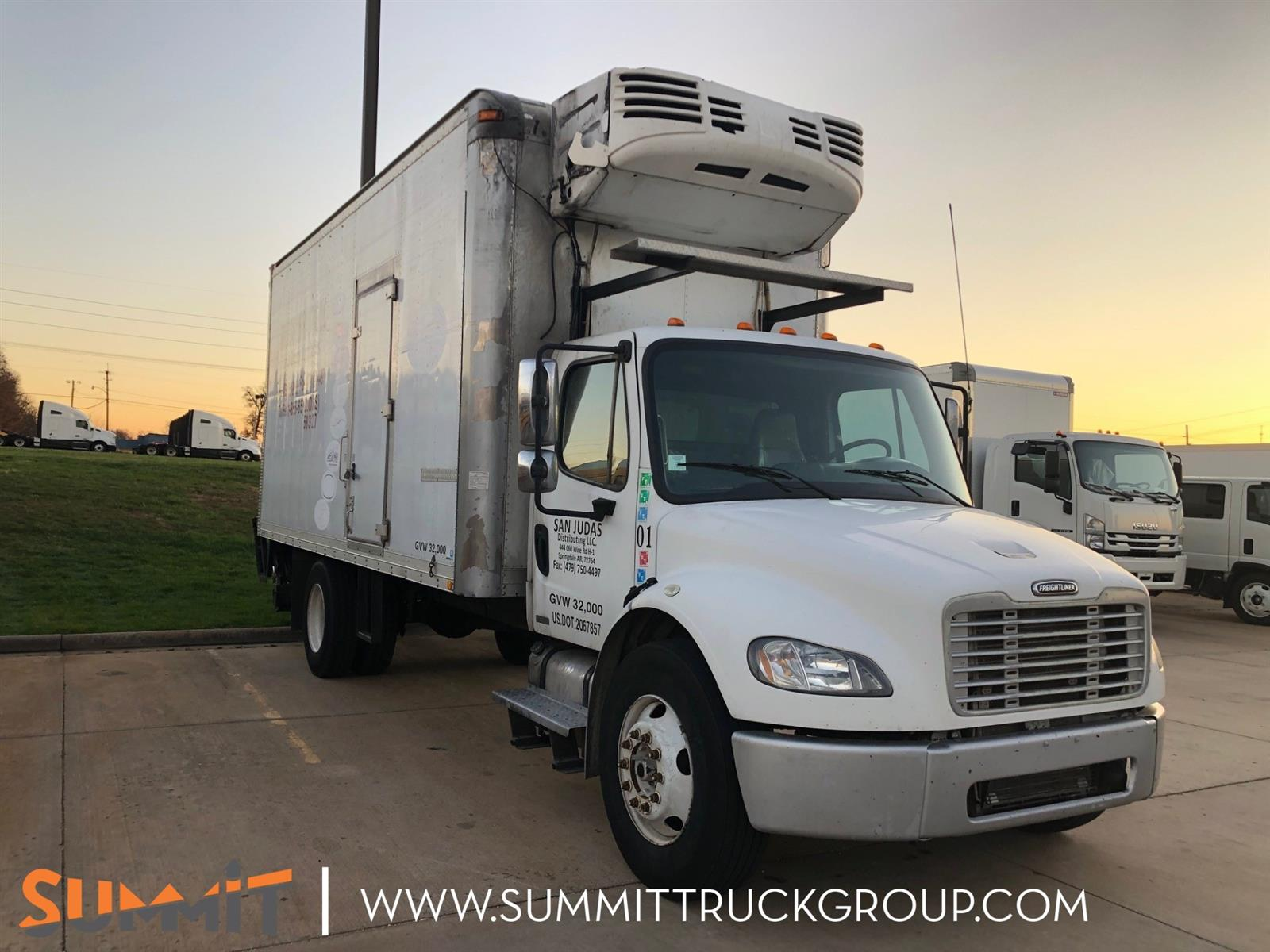 2004 Freightliner Truck Regular Cab 4x2, Refrigerated Body #240T202111 - photo 1