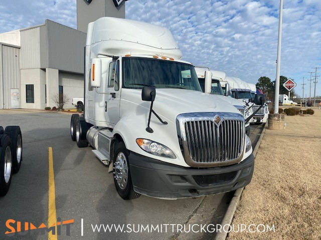 2017 International ProStar+ Sleeper Cab 6x4, Tractor #210P201790 - photo 1