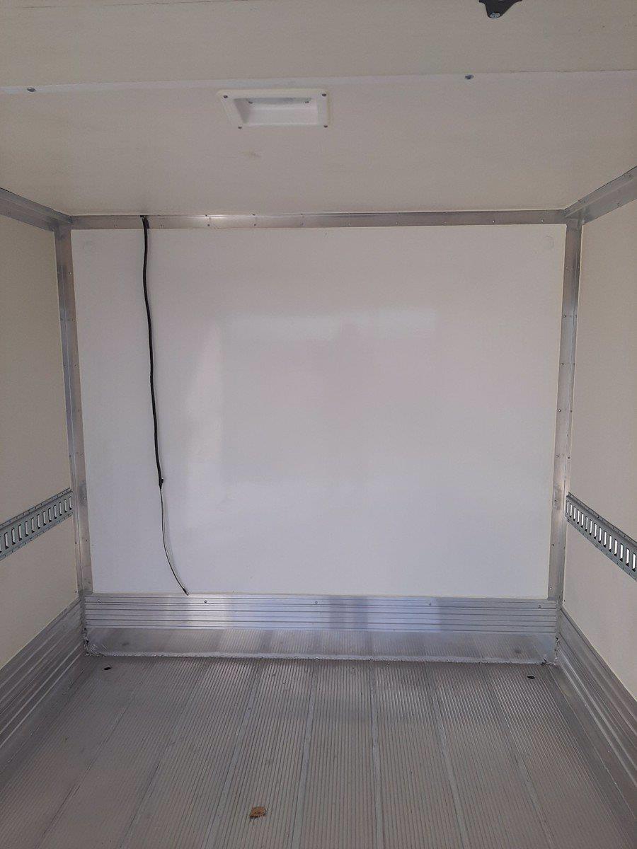 2020 Chevrolet Express 3500 4x2, Supreme Kold King Refrigerated Body #C220342 - photo 8