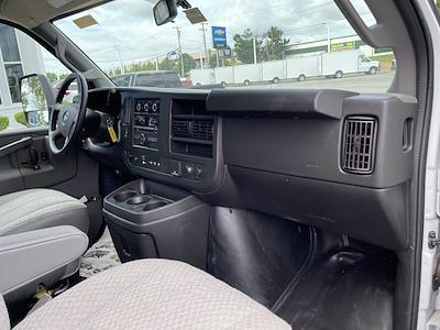 2020 Chevrolet Express 3500 4x2, Supreme Kold King Refrigerated Body #C220342 - photo 11