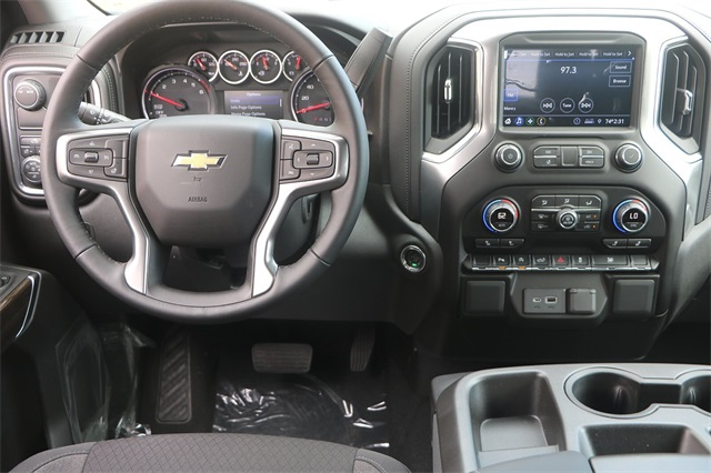 2020 Chevrolet Silverado 1500 Crew Cab 4x2, Pickup #C1288 - photo 11
