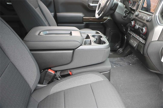 2020 Chevrolet Silverado 1500 Crew Cab 4x2, Pickup #C1288 - photo 12