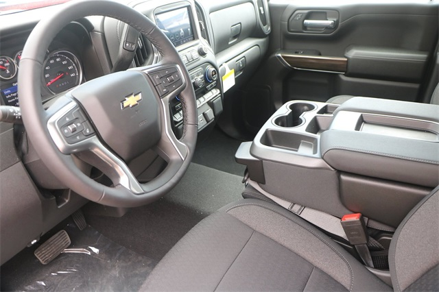 2020 Chevrolet Silverado 1500 Crew Cab 4x2, Pickup #C1288 - photo 7