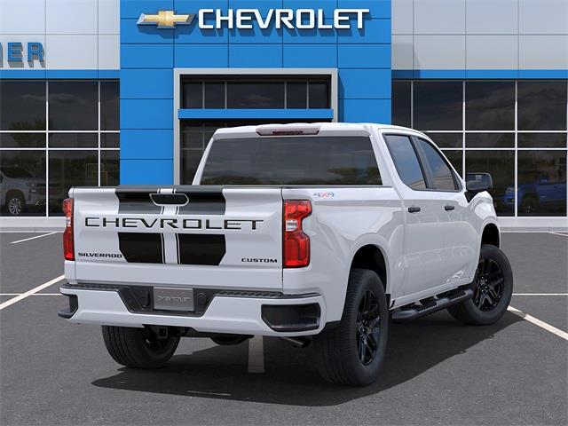 2021 Chevrolet Silverado 1500 Crew Cab 4x4, Pickup #C1676 - photo 2